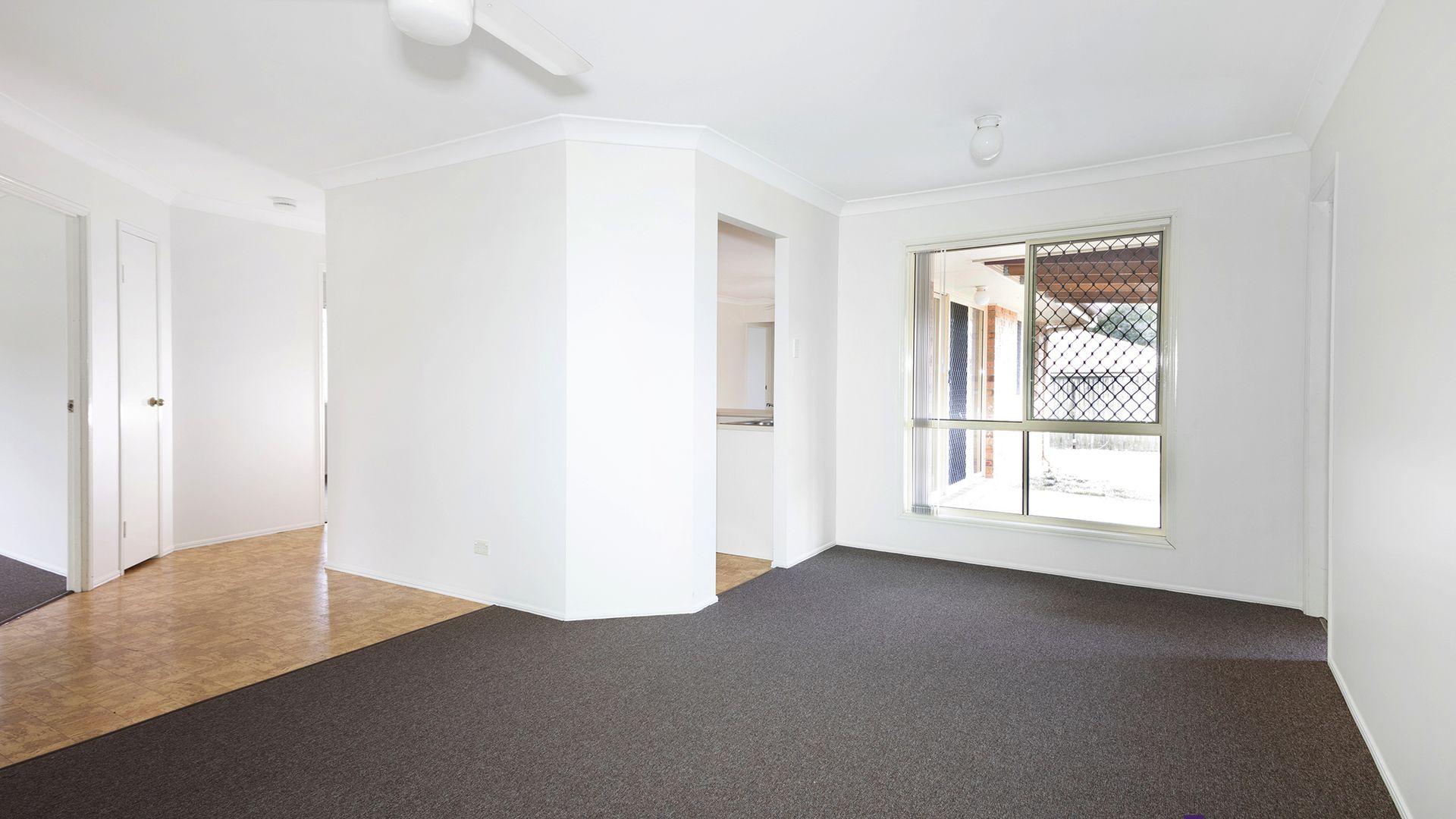 4 Barambah Ct, Redbank Plains QLD 4301, Image 2