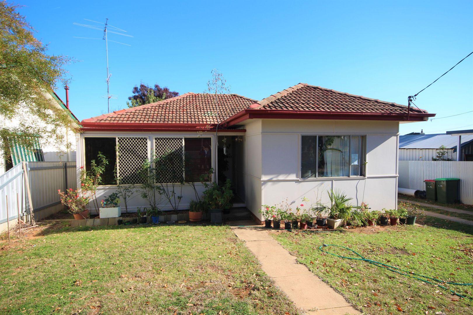 10 Nilma Avenue, Mount Austin NSW 2650, Image 0