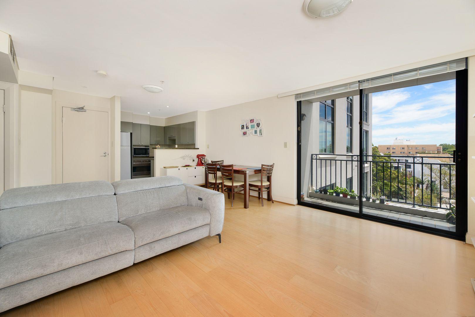 54/237 Miller Street, North Sydney NSW 2060, Image 0