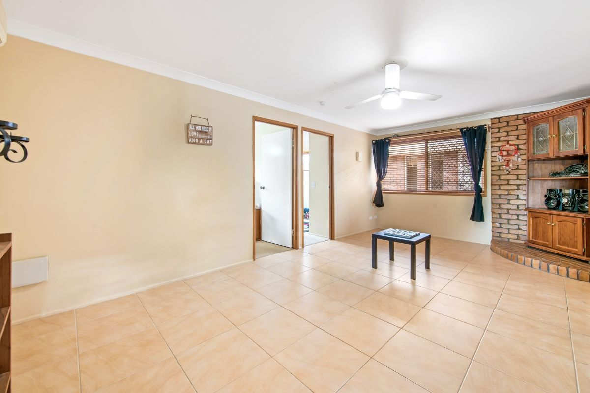 1/14 Eunice Court, Kearneys Spring QLD 4350, Image 2