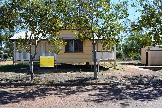 26 Coronation Drive, Blackall QLD 4472, Image 0