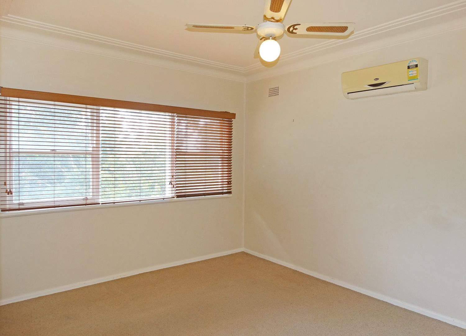 75 Brisbane Water Drive, Point Clare NSW 2250, Image 1