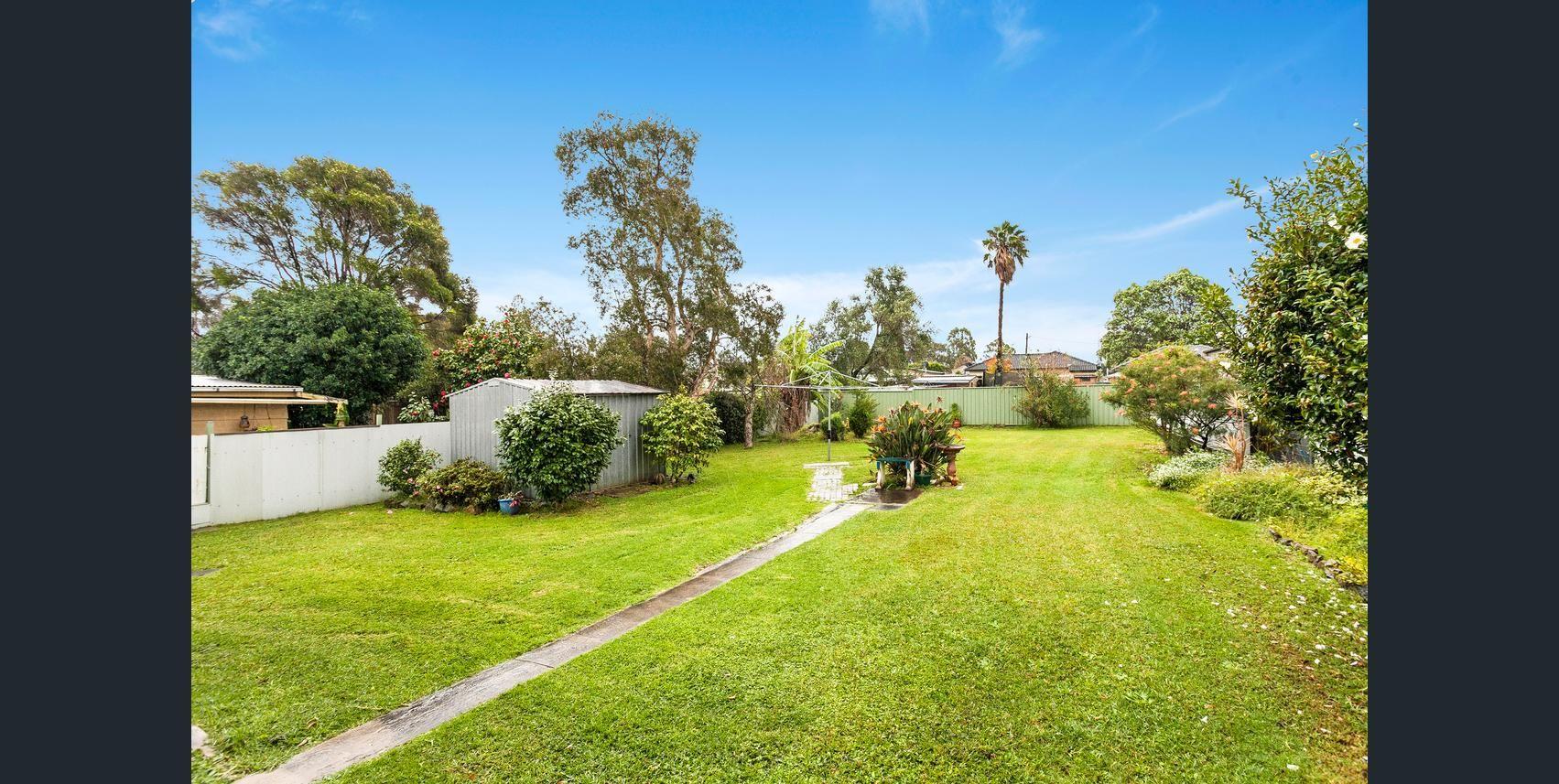 10 Hopetoun Street, Oak Flats NSW 2529, Image 1