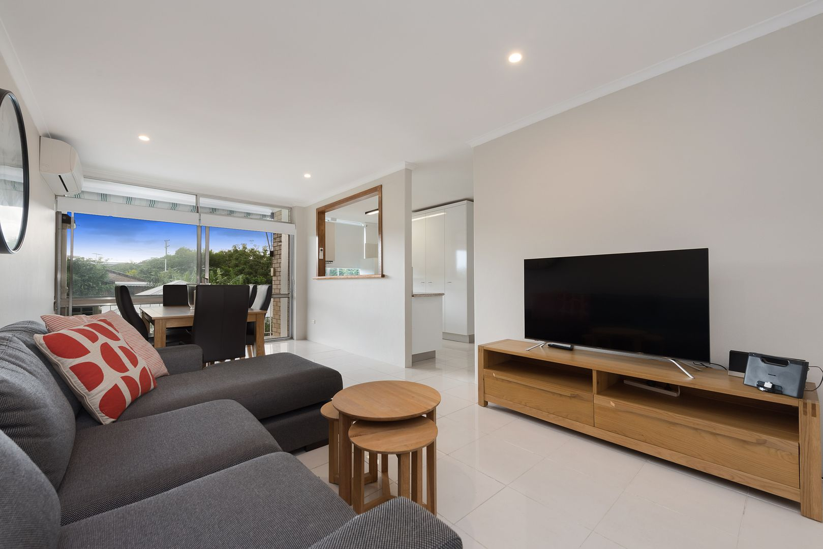 4/15 Newcross Street, Indooroopilly QLD 4068, Image 2