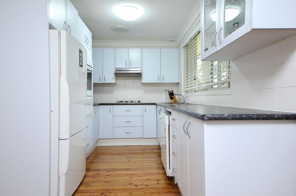10 Evan Place, Kings Langley NSW 2147, Image 2