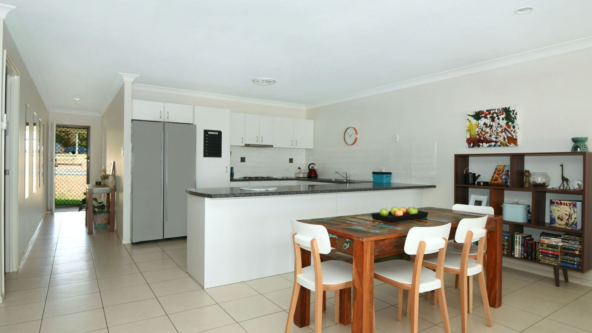 25 Winning Street, Glenvale QLD 4350, Image 2