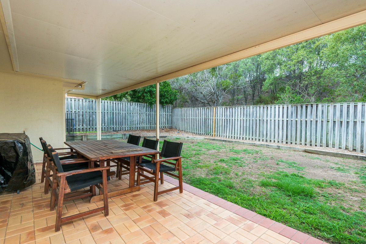 20 Elimbah Street, Pacific Pines QLD 4211, Image 2