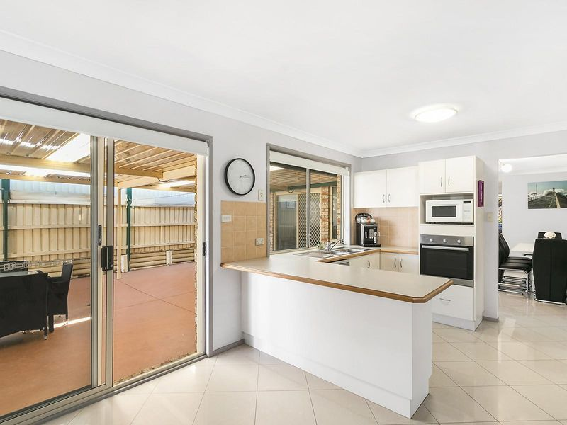 4 Ovens Close, Horningsea Park NSW 2171, Image 2