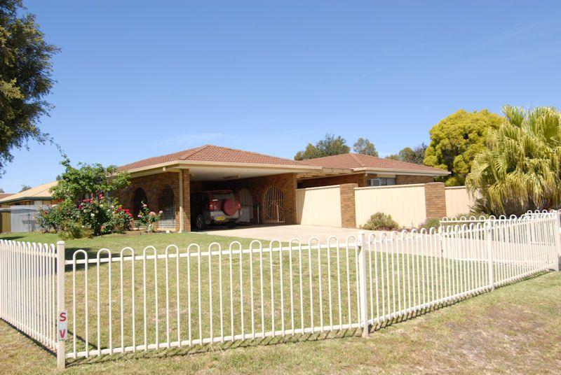 272 NOYES STREET, Deniliquin NSW 2710, Image 0