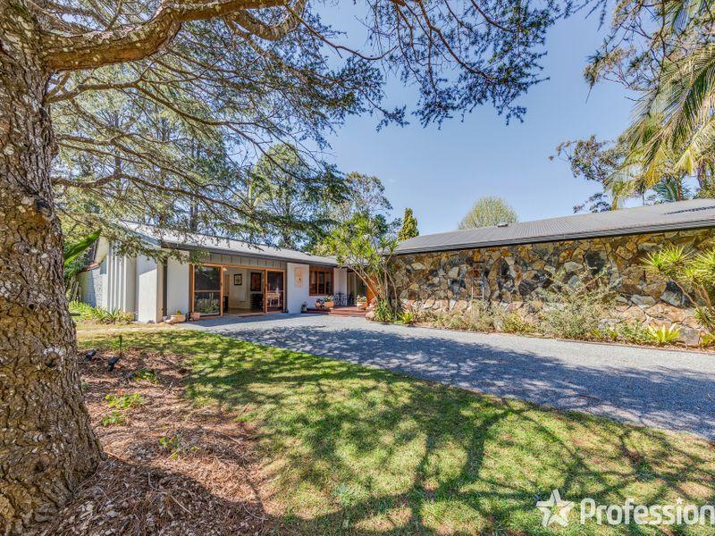 68-70 Siganto Street, Tamborine Mountain QLD 4272, Image 2