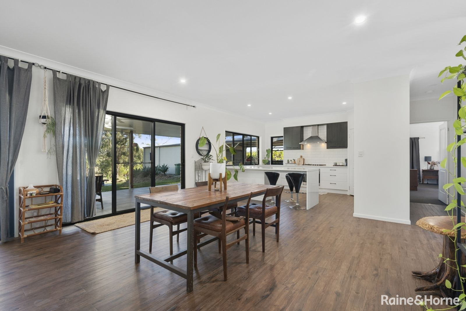 43-45 Anthoulla Ave, Woodford QLD 4514, Image 2