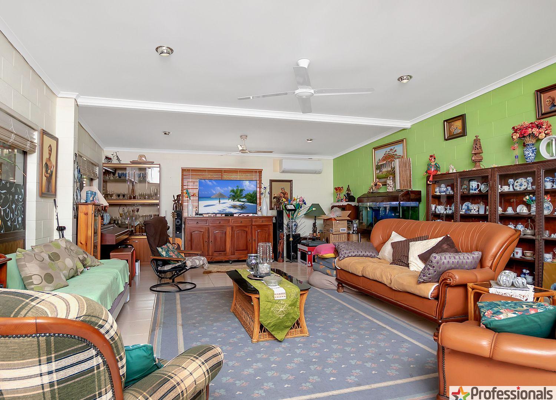 18 Cameron Close, Smithfield QLD 4878, Image 2
