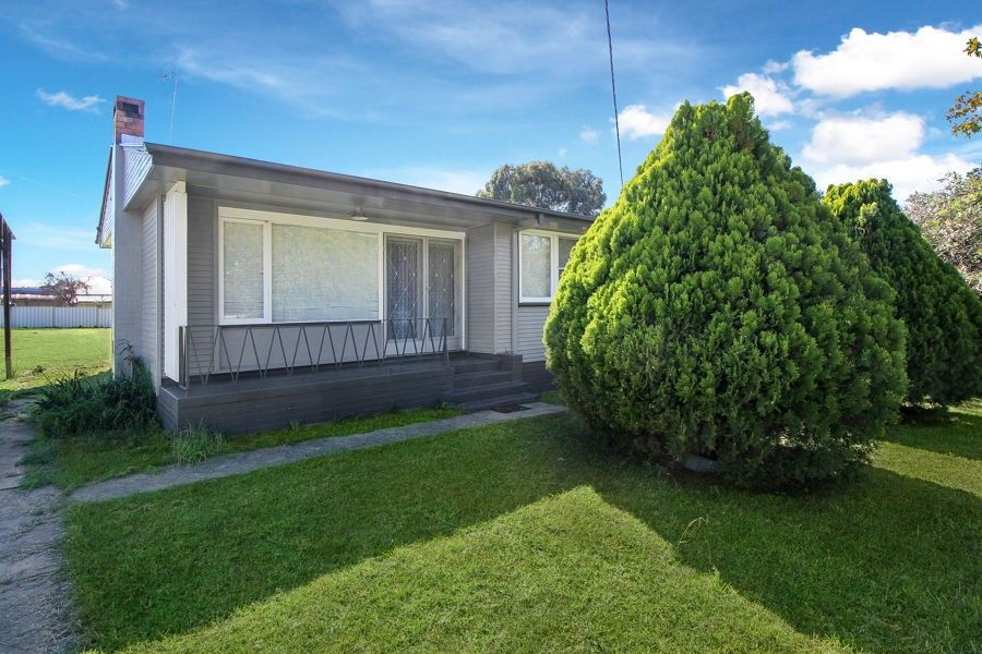 6 Margaret Street, Tenterfield NSW 2372, Image 0