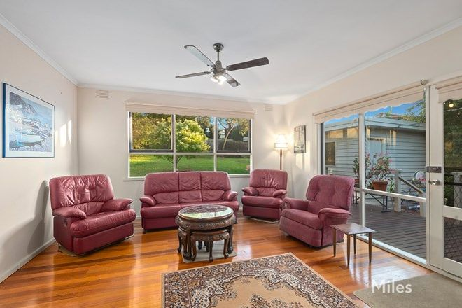Picture of 9 Menzie Grove, EAGLEMONT VIC 3084