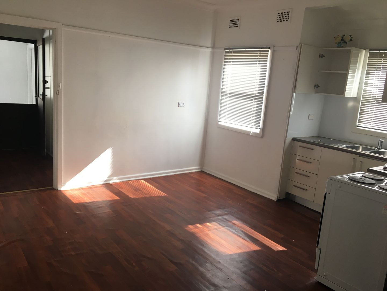 14 Nile Street, Fairfield Heights NSW 2165, Image 1