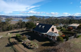 Picture of 664 Shark Point Road, Penna TAS 7171