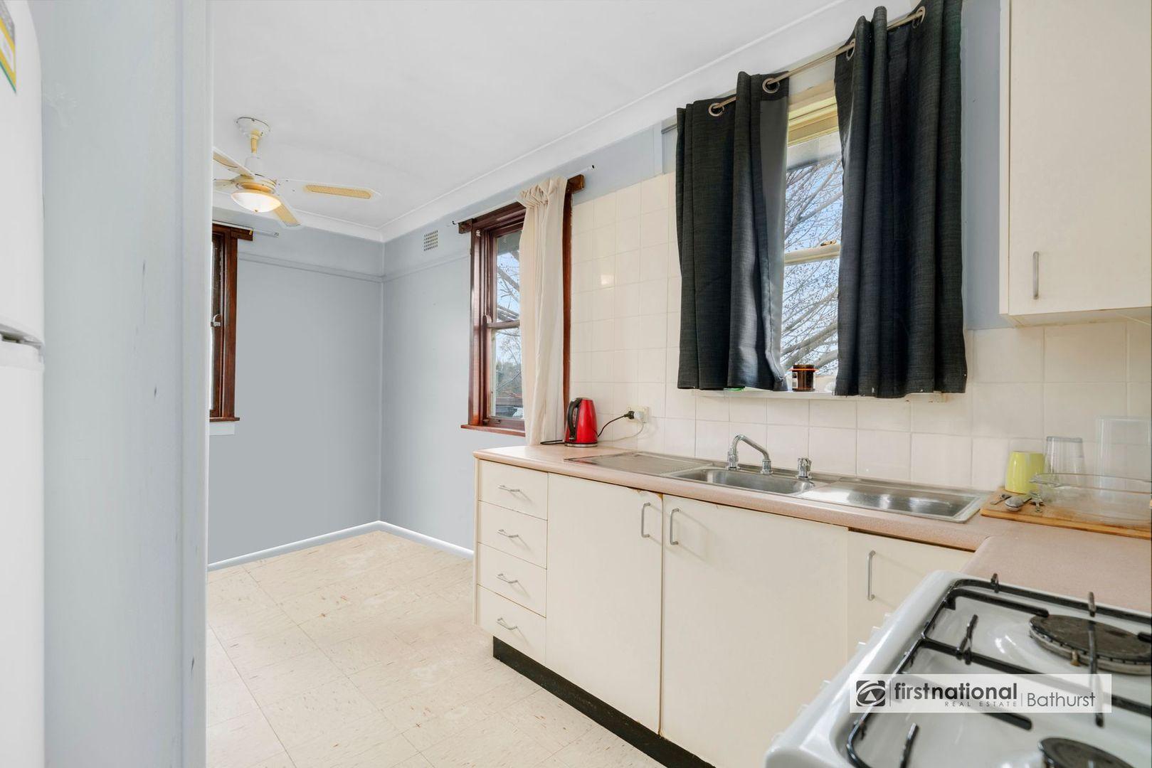 8 Alfred Street, South Bathurst NSW 2795, Image 2
