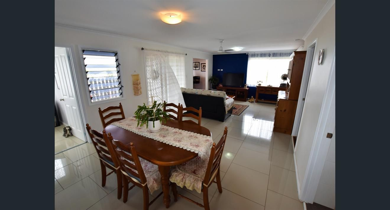 4 Yacht St, Russell Island QLD 4184, Image 2