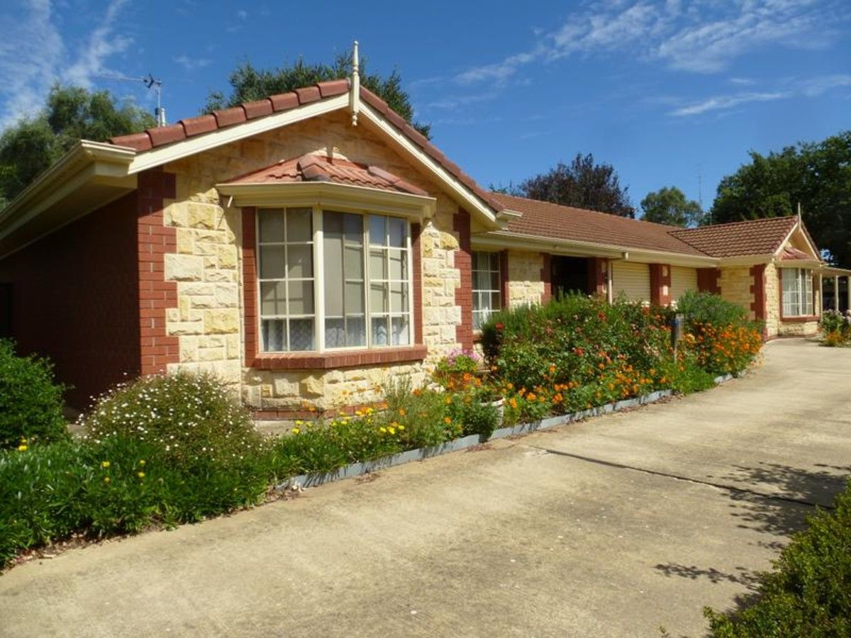 2/2 Daly Court, Clare SA 5453, Image 0