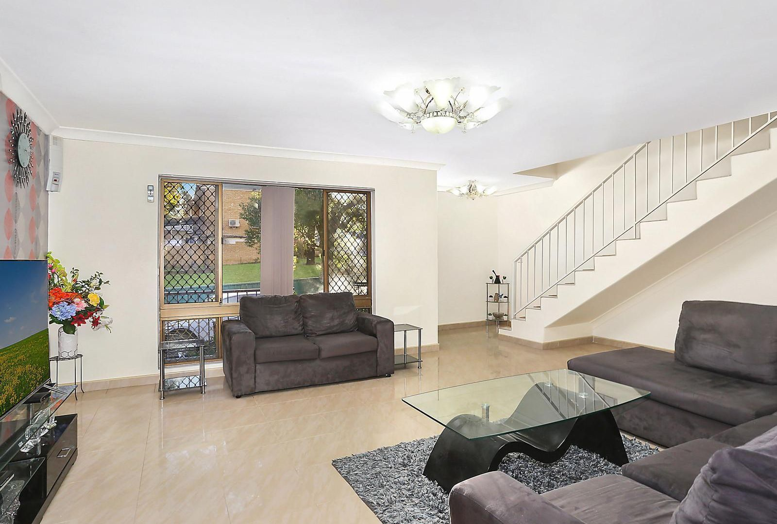 8/140 Greenacre Road, Greenacre NSW 2190, Image 1