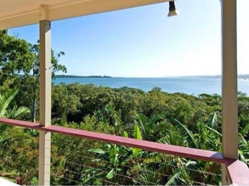33 Bay Drive, Russell Island QLD 4184, Image 0