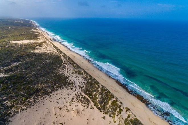 Picture of 44 African Reef Boulevard, GREENOUGH WA 6532