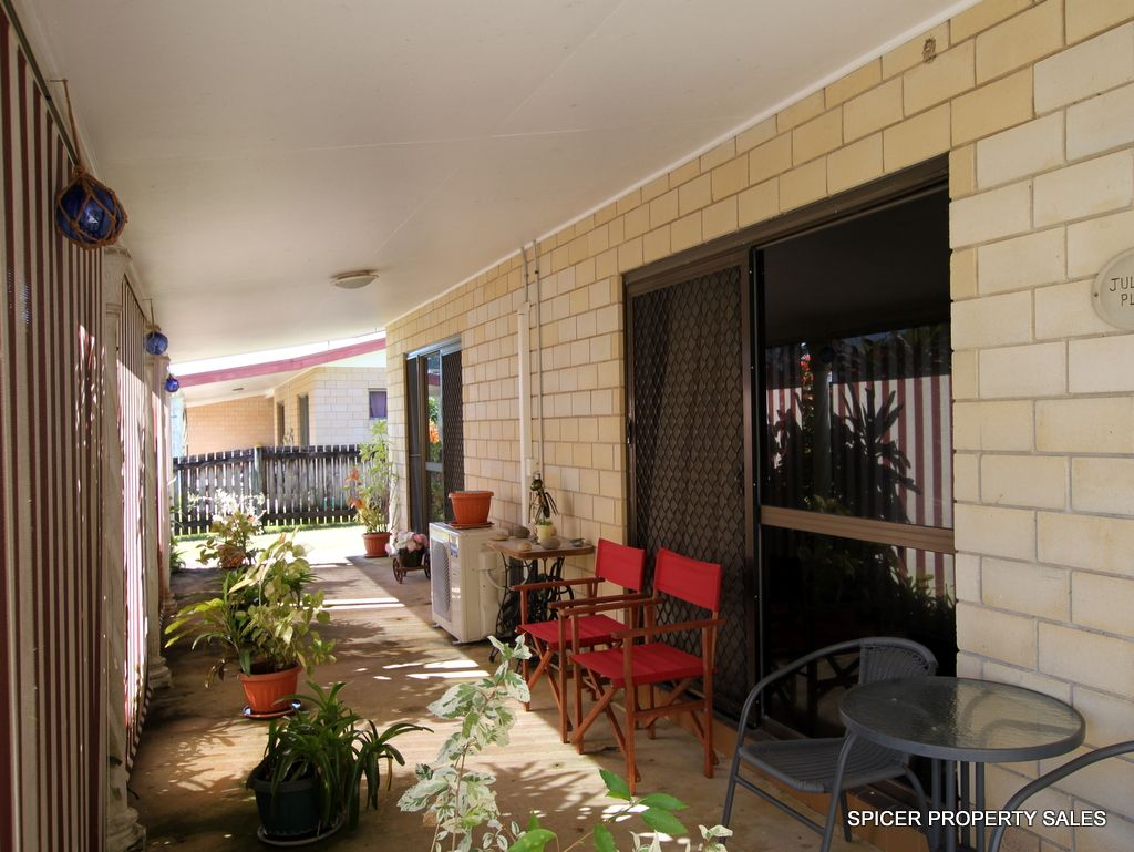8 Melaleuca Drive, Tully Heads QLD 4854, Image 2