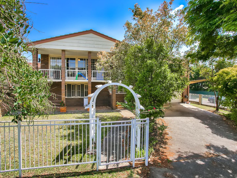 35 Thornburgh Street, Oxley QLD 4075, Image 0