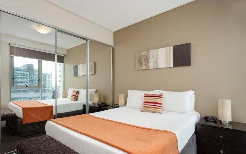 201/18 Tank Street, Brisbane City QLD 4000, Image 1