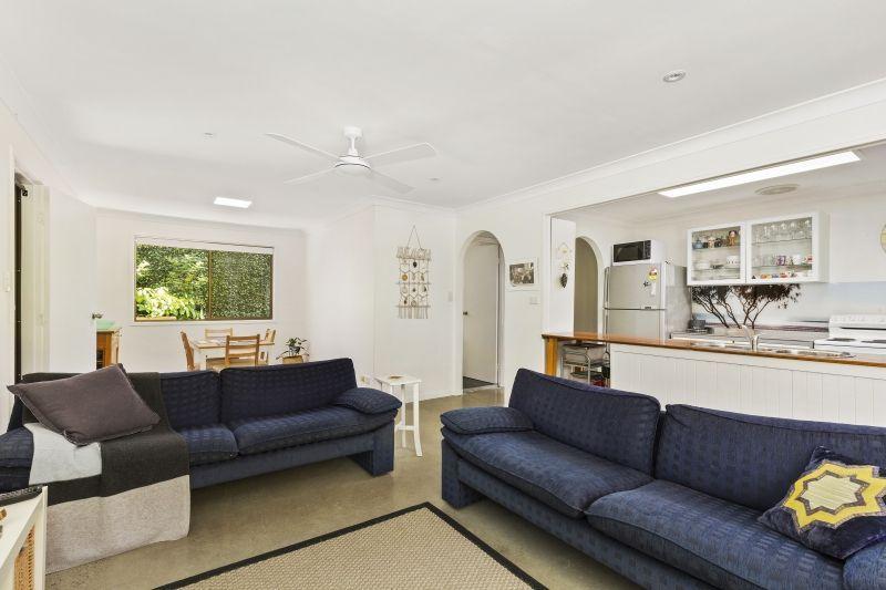 2/27 Hillcrest Avenue, Tugun QLD 4224, Image 2