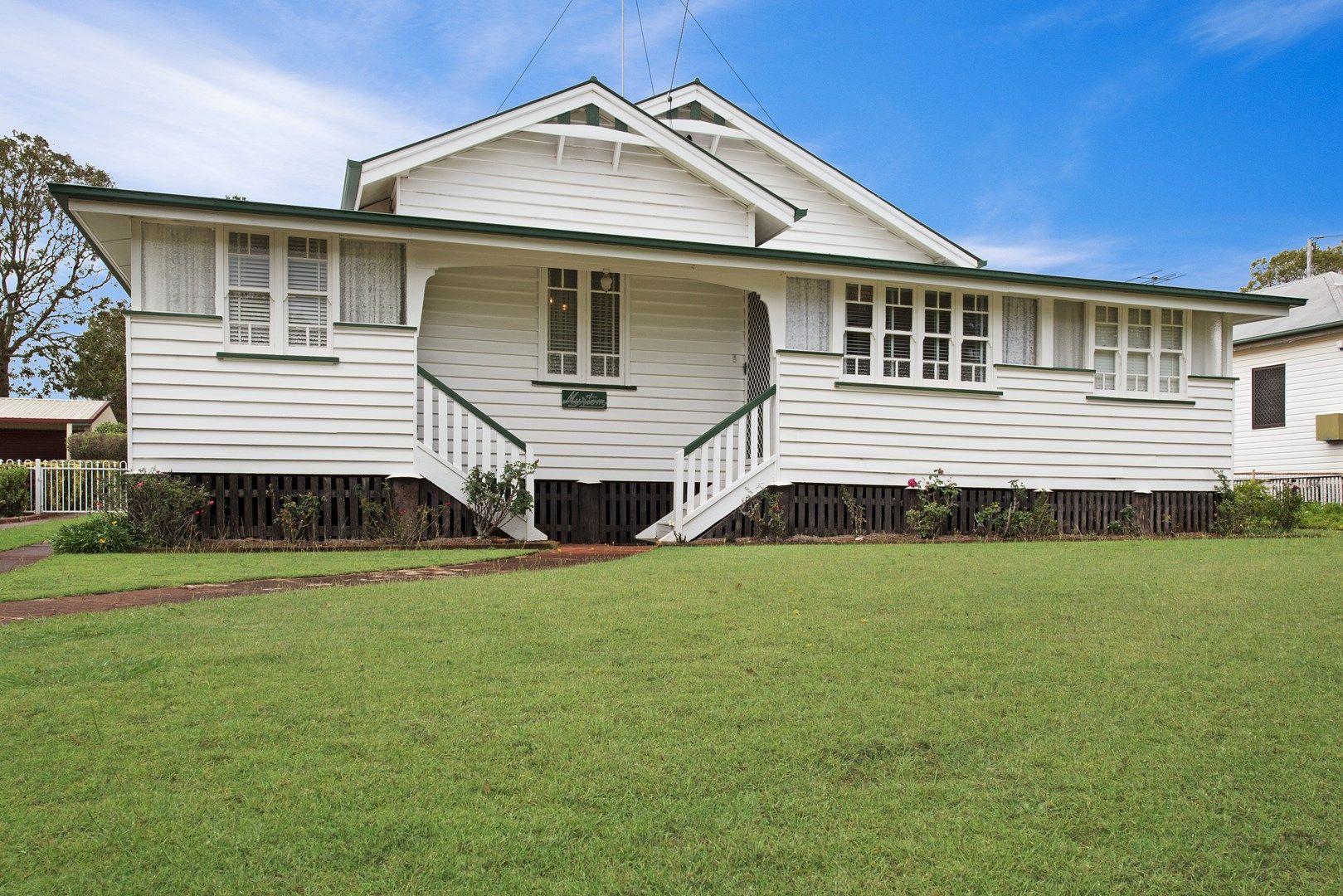 128 Taylor Street, Newtown QLD 4350, Image 0