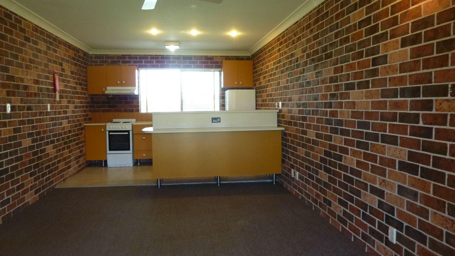 4/9 Oakland Ave, The Entrance NSW 2261, Image 2