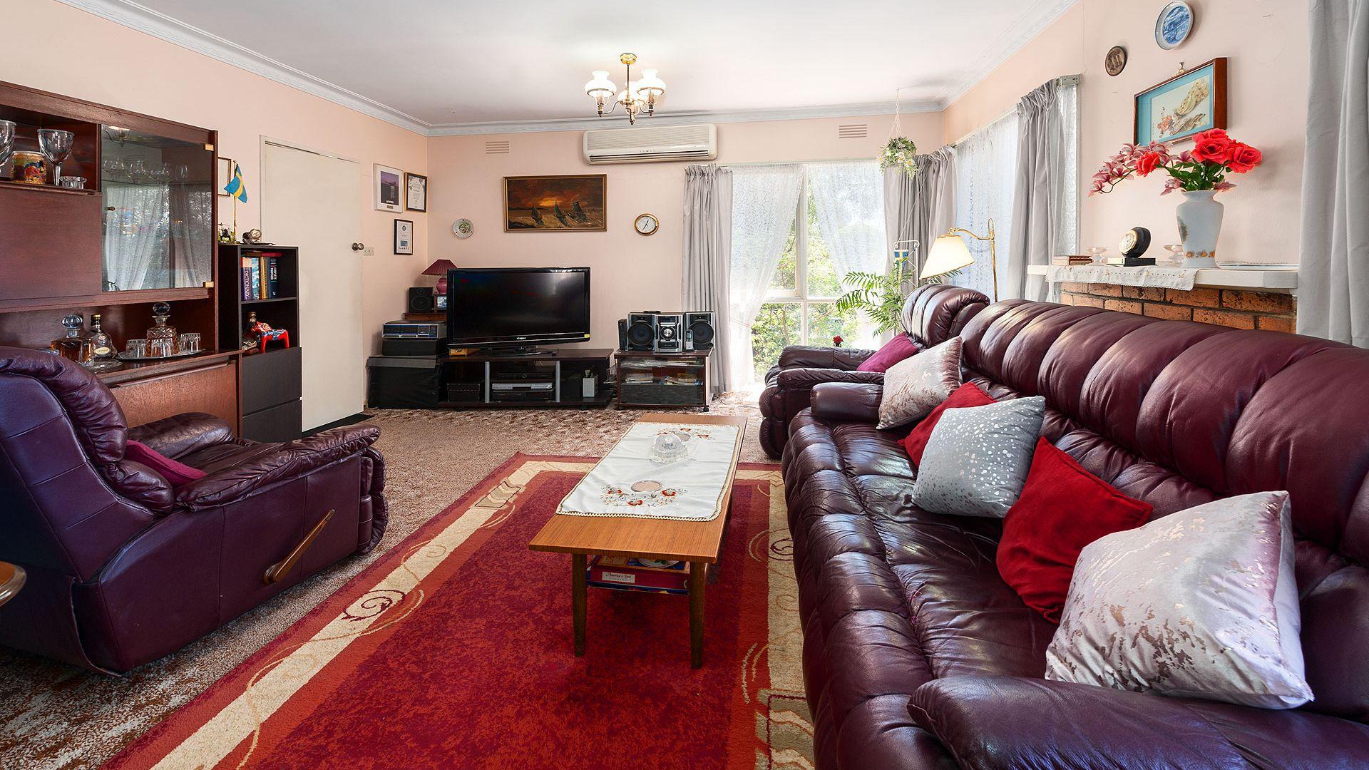 252 Nepean Street, Greensborough VIC 3088, Image 2