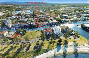 Picture of 2/17 Madang Crescent, Runaway Bay QLD 4216