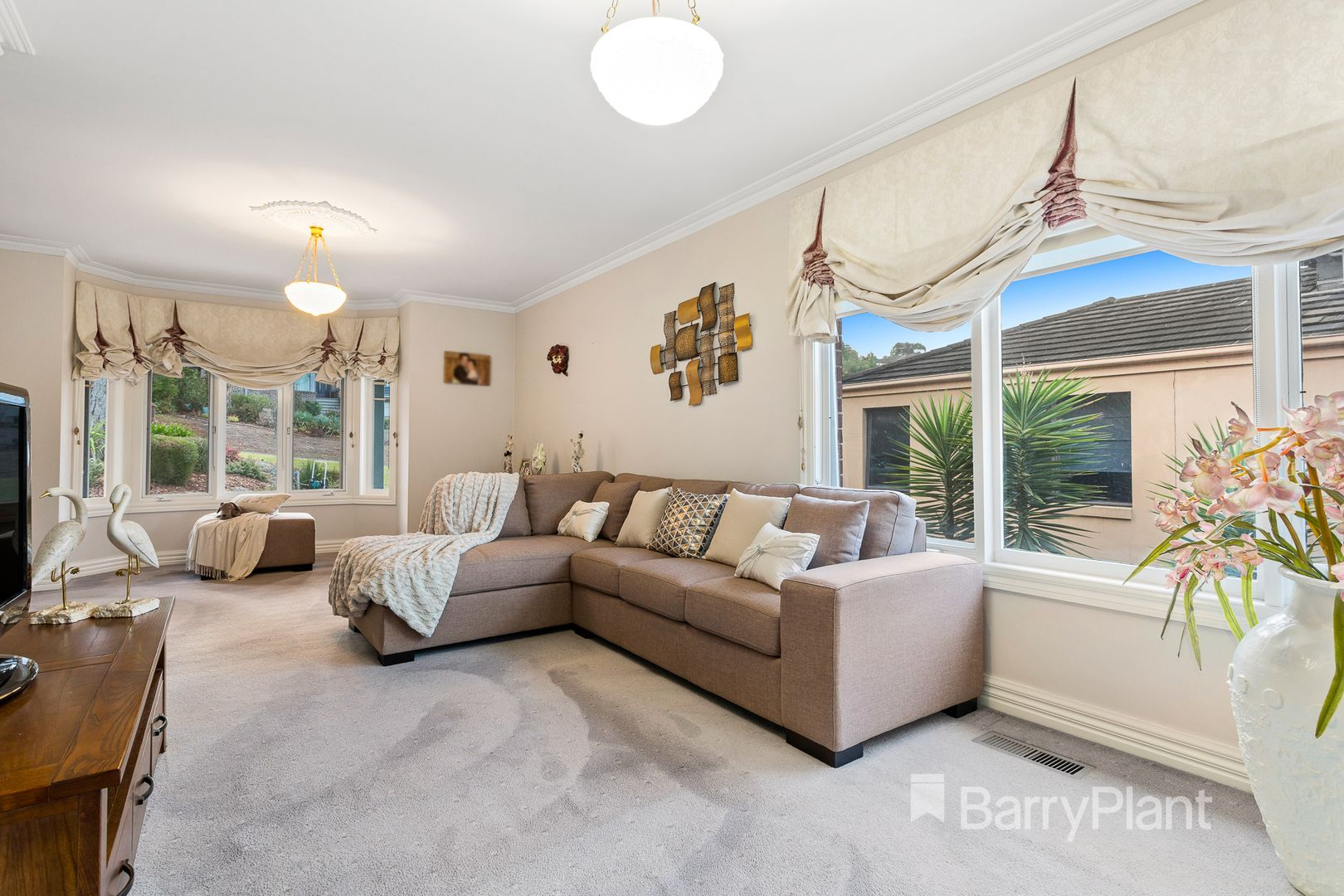 5 Valley Park Grove, Eltham VIC 3095, Image 1