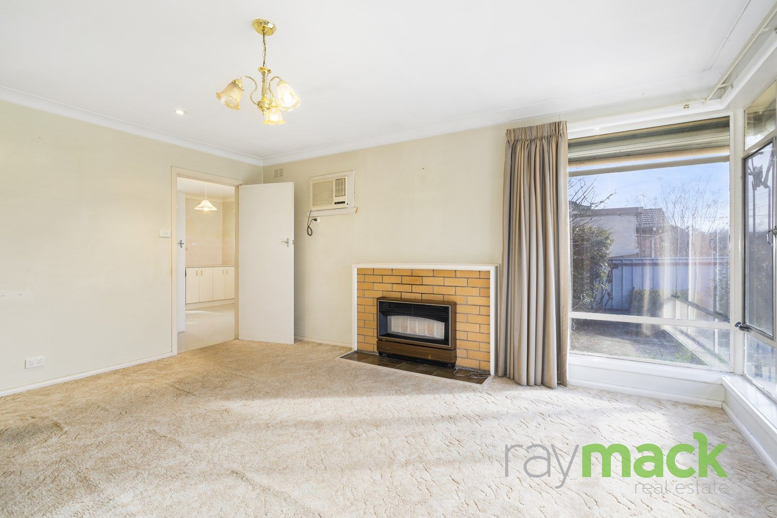 471 McDonald Road, Lavington NSW 2641, Image 2