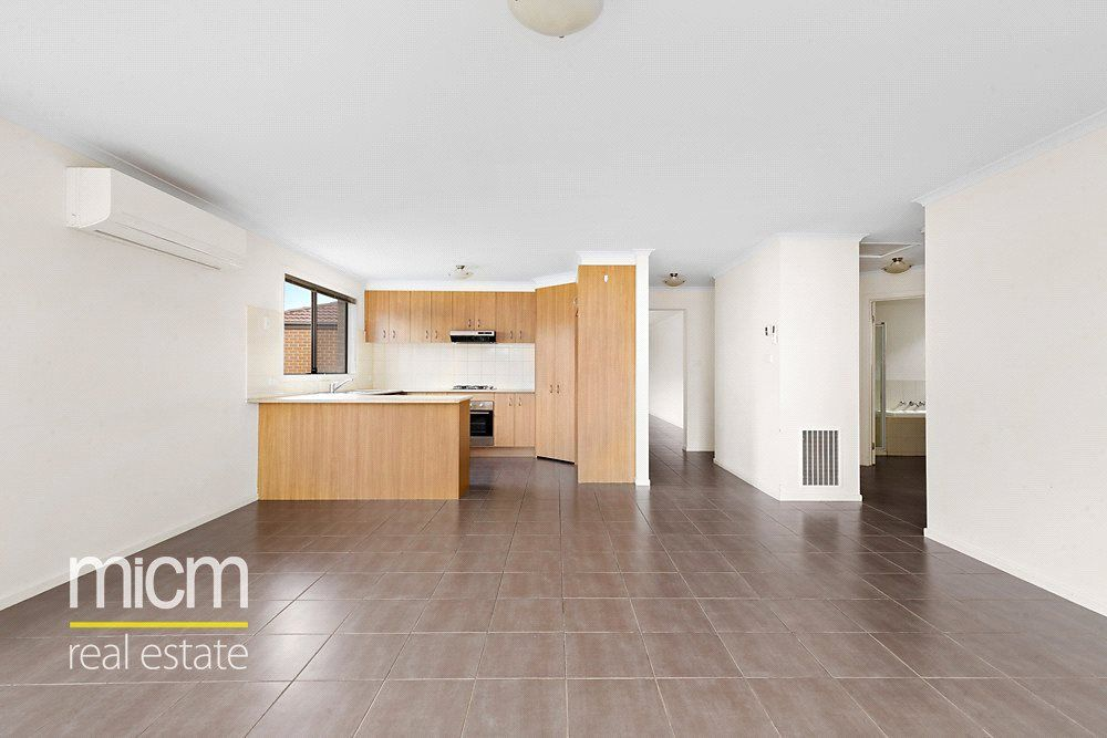 10 Grenache Street, Point Cook VIC 3030, Image 1