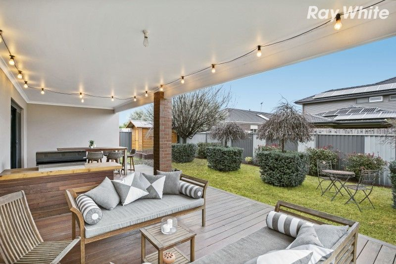 17 Everly Circuit, Pakenham VIC 3810, Image 1