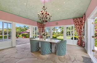 Picture of 3184 Riverleigh Drive, Hope Island QLD 4212