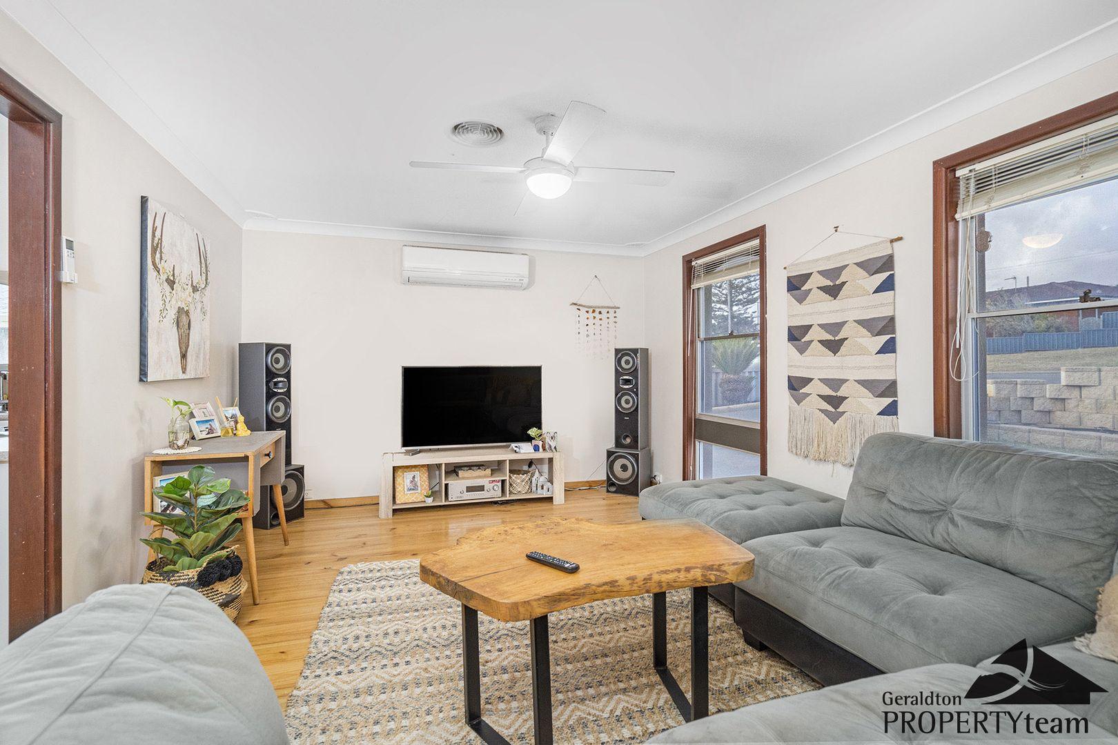 23 Roebuck Street, Mahomets Flats WA 6530, Image 2