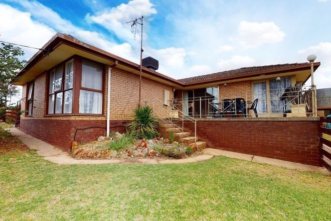 Picture of 7 Hayes Hill Road, NYAH VIC 3594