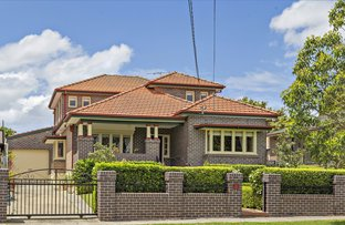 Picture of 32 Pine Avenue, Russell Lea NSW 2046