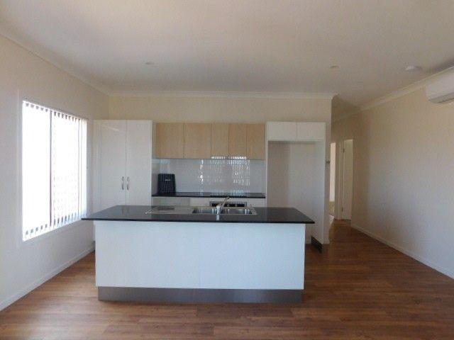 25 Baker Street, Bowen QLD 4805, Image 2