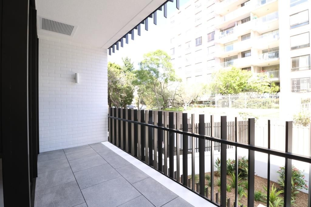 5207/30 Wellington Street, Bondi NSW 2026, Image 1
