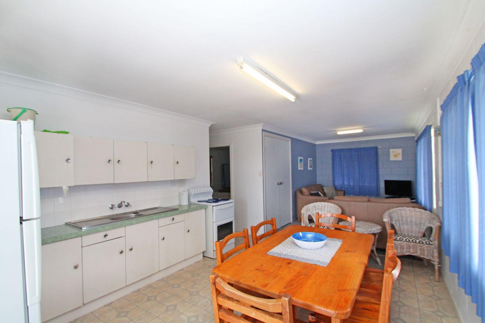 15 Honeysuckle Street, Brooms Head NSW 2463, Image 2