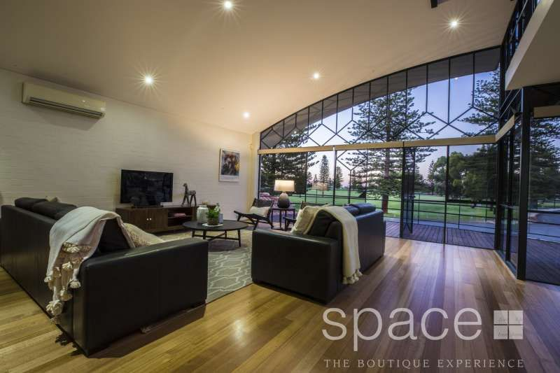 2 Branksome Gardens, City Beach WA 6015, Image 1