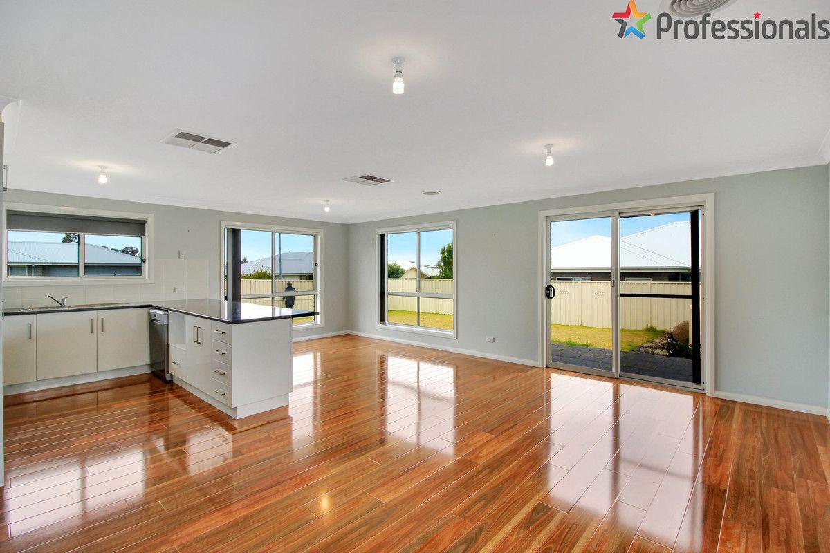 37 Cootamundra Boulevarde, Gobbagombalin NSW 2650, Image 1