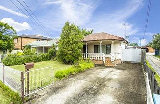 Picture of 16 Como Road, Greenacre NSW 2190