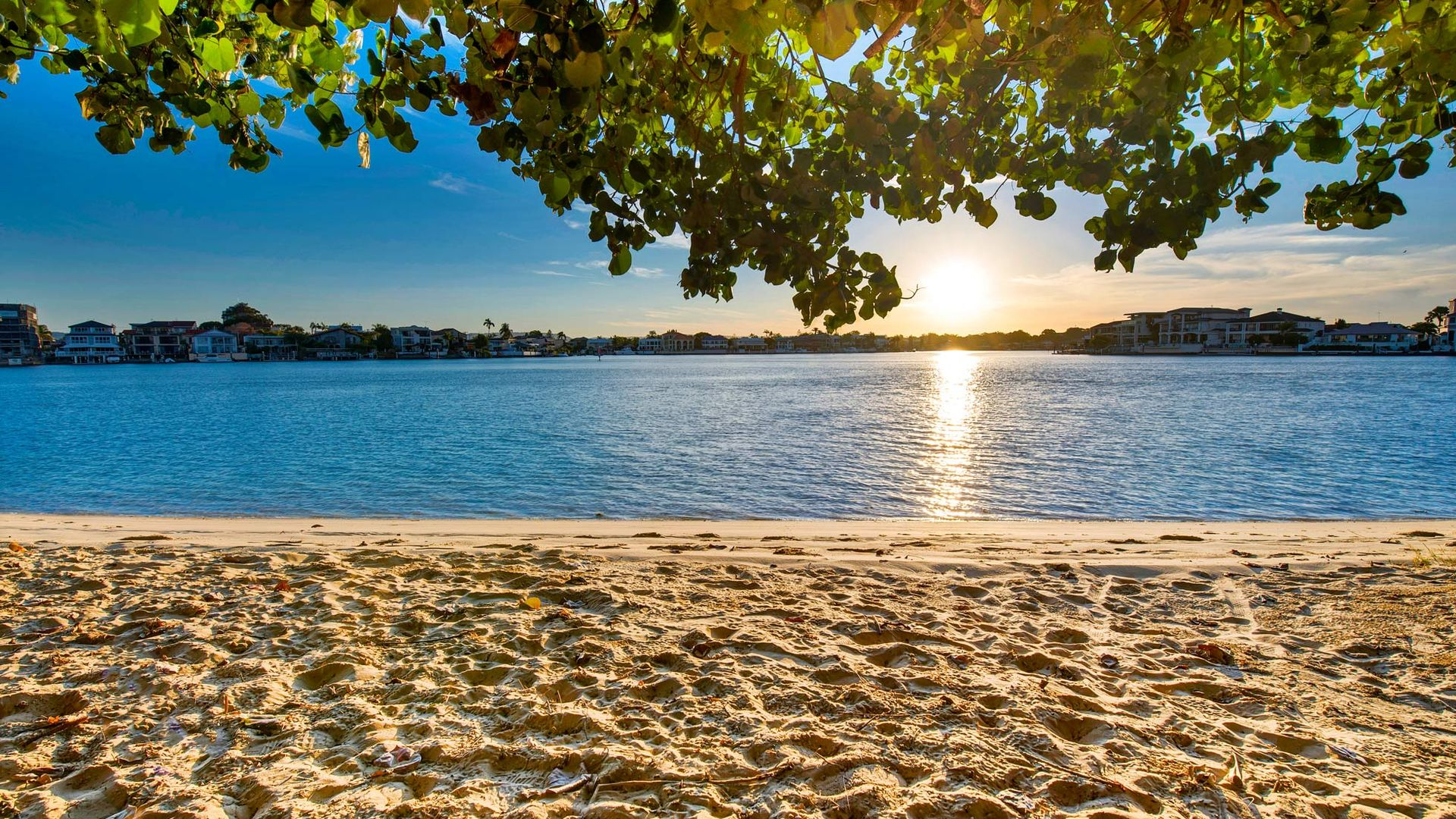 1/27 Norfolk Avenue, Surfers Paradise QLD 4217, Image 1