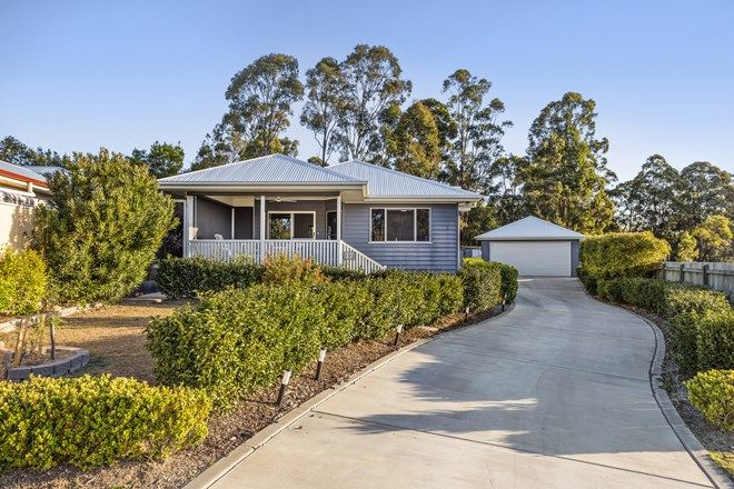 Picture of 17 Samuel Ave, CROWS NEST QLD 4355